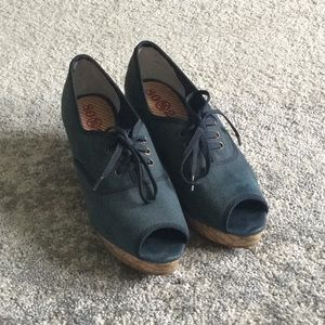 Size 9 Blue Canvas Wedges
